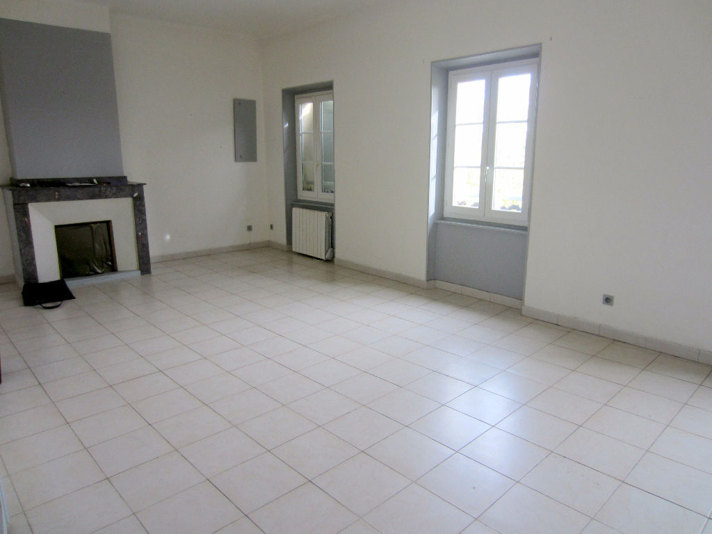 appartement-castelnaudary-3-piece-s-80-m2