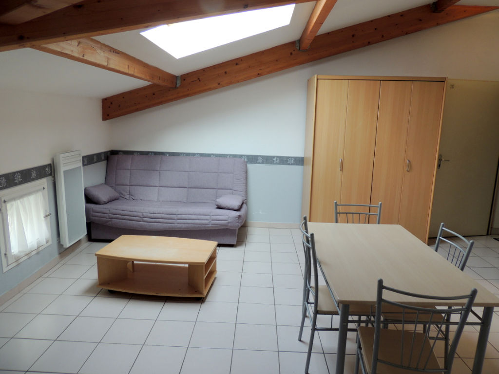 appartement-castelnaudary-1-piece-s-31-08-m2