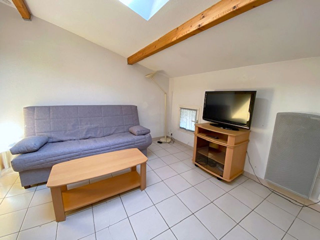 appartement-castelnaudary-1-piece-s-22-50-m2