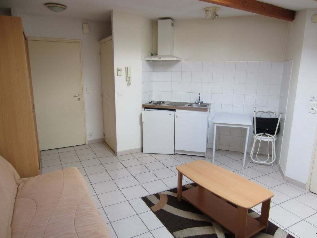 appartement-castelnaudary-1-piece-s-23-36-m2